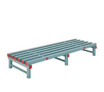 Пластмасови пейки